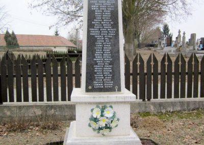 Hugyag világháborús emlékmű 2012.03.08. küldő-kalyhas (4)