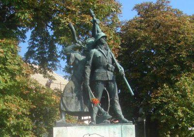 II. kerület Pesthidegkút világháborús emlékmű 2008.10.09. küldő-Huszár Peti (2)