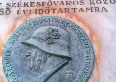 III. kerület Óbuda Attila u.20. Egy érdekes,világháborúkhoz köthető emléktábla 2011.12.14. küldő-Huszár Peti (2)