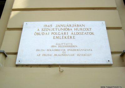 III. kerület Óbuda Fő tér II. világháborús emléktáblák 2018.07.06. küldő-Bali Emese (1)