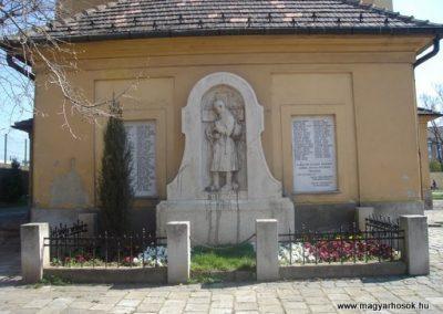 III. kerület Óbuda Hősi emlékmű 2008.04.02.küldő-Huszár peti