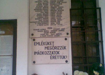 III. kerület Csillaghegy II.vh emléktábla a róm.kat.templom falán 2010.11.01. küldő-Huszár Peti