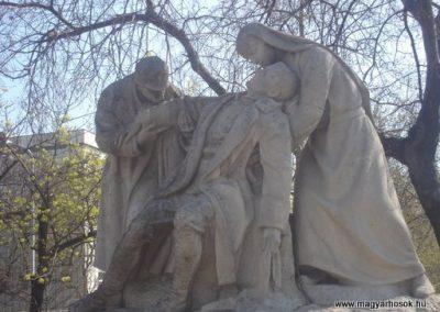 IX. kerület Üllői út Hadiorvosok emlékműve 2008.04.02. küldő-Huszár Peti (2)