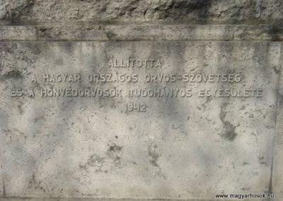 IX. kerület Üllői út Hadiorvosok emlékműve 2008.04.02. küldő-Huszár Peti (4)
