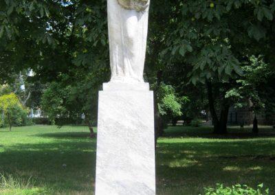 IX. kerület Mester és Haller út sarok. Katonafiaikat elvesztett édesanyák emlékműve (1)