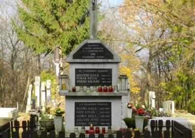 Iborfia világháborús emlékmű 2018.06.28. küldő-Huber Csabáné