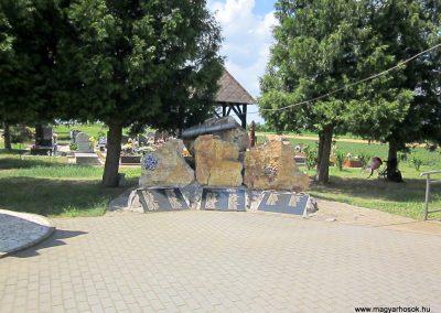 Ibrány I. világháborús emlékmű 2014.06.23. küldő-kalyhas (1)