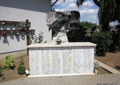 Ibrány II. világháborús emlékmű 2014.06.23. küldő-kalyhas (1)