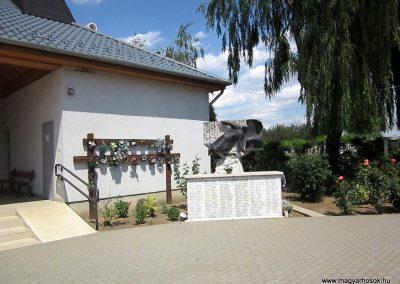 Ibrány II. világháborús emlékmű 2014.06.23. küldő-kalyhas