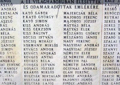 Ibrány II. világháborús emlékmű 2014.06.23. küldő-kalyhas (5)