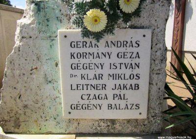Ibrány II. világháborús emlékmű 2014.06.23. küldő-kalyhas (9)