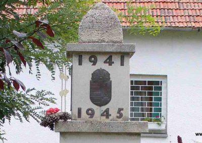 Igar II.világháborús emlékmű 2007.08.21. küldő-Hunmi (1)