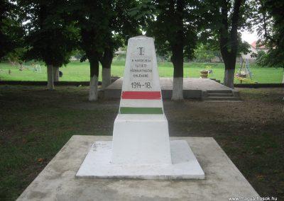 Igrici I.vh emlékmű 2009.07.02.küldő-kalyhas (1)