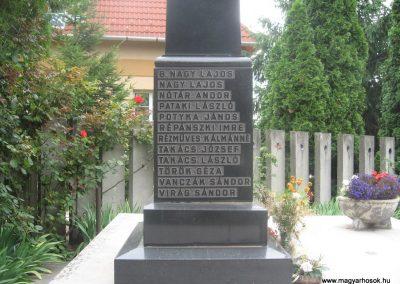 Igrici II.vh emlékmű 2009.07.02.küldő-kalyhas (4)