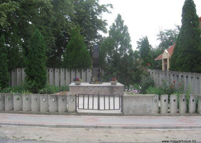 Igrici II.vh emlékmű 2009.07.02.küldő-kalyhas