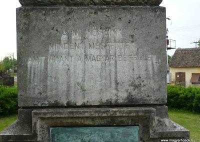 Iharosberény I.vh emlékmű 2009.04.28.küldő-Sümec (3)