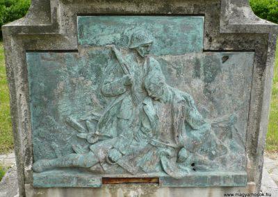 Iharosberény I.vh emlékmű 2009.04.28.küldő-Sümec (4)