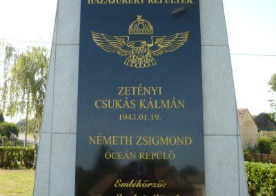 Iharosberény világháborús pilóta emlékmű 2012.06.28. küldő-Sümec (2)