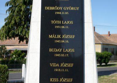 Iharosberény világháborús pilóta emlékmű 2012.06.28. küldő-Sümec (5)