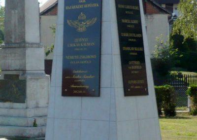 Iharosberény világháborús pilóta emlékmű 2012.06.28. küldő-Sümec (6)
