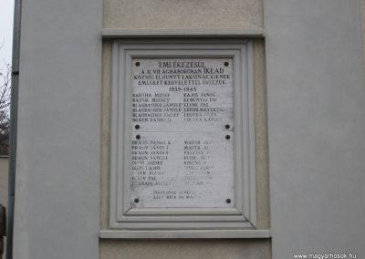 Iklad világháborús emléktáblák 2009.02.10.küldő-kalyhas (3)