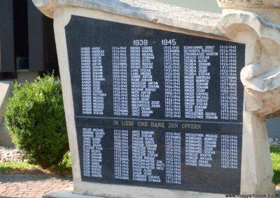 Illmic világháborús emlékmű 2013.07.26. küldő-Nerr (3)