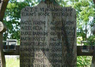 Imecsfalva világháborús emlékmű 2009.08.22.küldő-Ágca (2)