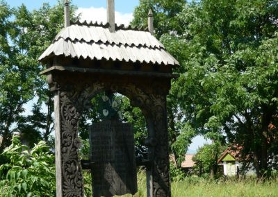 Imecsfalva világháborús emlékmű 2009.08.22.küldő-Ágca (3)