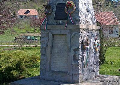 Imola világháborús emlékmű 2012.04.26. küldő-Pataki Tamás (1)