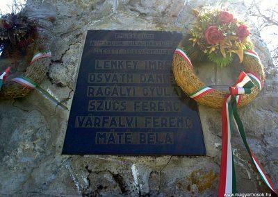 Imola világháborús emlékmű 2012.04.26. küldő-Pataki Tamás (3)