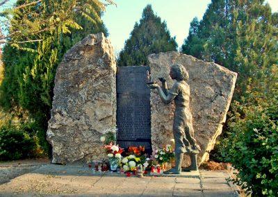 Inárcs világháborús emlékmű 2011.11.05. küldő-Ocsovai András