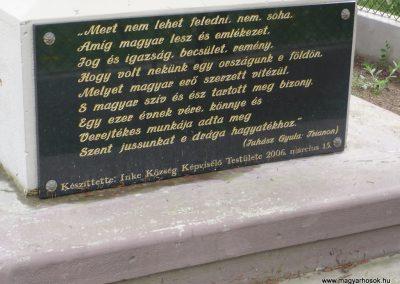 Inke új I.vh emlékmű 2009.04.21.küldő-Sümec (6)