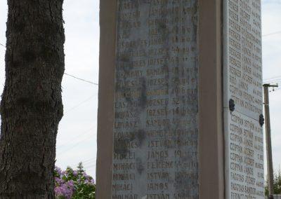 Inke új I.vh emlékmű 2009.04.21.küldő-Sümec (7)