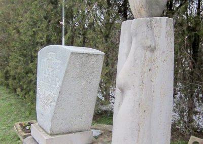 Ipolydamásd világháborús emlékmű 2013.03.18. küldő-kalyhas (1)