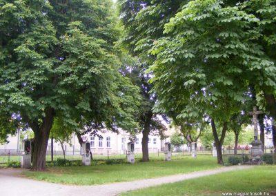 Ipolyszalkai templom kertjében I. világháborús emlékhely
