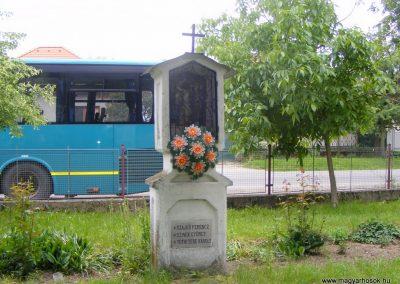 Ipolyszalka, templomkert I. világháborús emlékhely 2013.05.26. küldő-Méri (13)