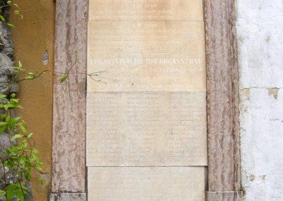 Ipolyszalka, templomkert a II. világháborúból hazatért hadifoglyok emléktáblája 2013.05.26. küldő-Méri (1)
