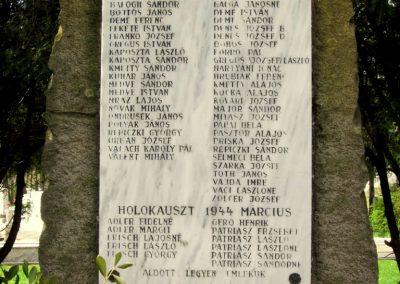 Ipolyvece világháborús emlékmű 2012.04.25. küldő-kalyhas (3)