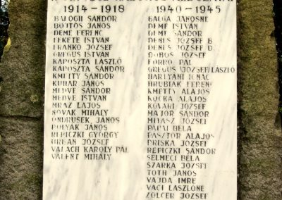 Ipolyvece világháborús emlékmű 2012.04.25. küldő-kalyhas (4)