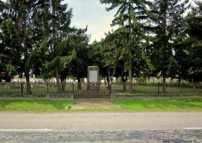 Ipolyvece világháborús emlékmű 2012.04.25. küldő-kalyhas