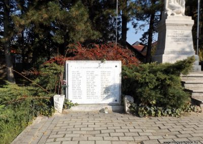Isaszeg világháborús emlékmű 2015.10.31. küldő-kalyhas (11)