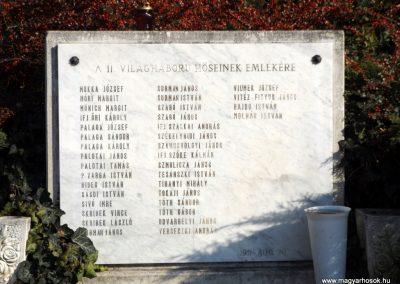 Isaszeg világháborús emlékmű 2015.10.31. küldő-kalyhas (14)