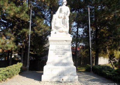 Isaszeg világháborús emlékmű 2015.10.31. küldő-kalyhas (3)
