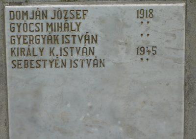 Istvándi világháborús emlékmű 2009.04.21.küldő-Sümec (5)