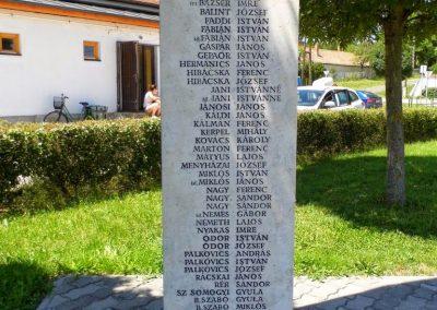 Iszkaszentgyörgy világháborús emlékmű 2014.06.09. küldő-Méri (2)