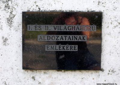 Isztimér világháborús emlékmű 2010.07.17. küldő-Mimóza (3)