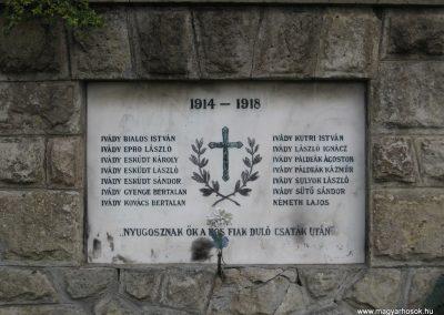 Ivád világháborús emlékmű 2008.04.22.küldő-Kályhás (2)