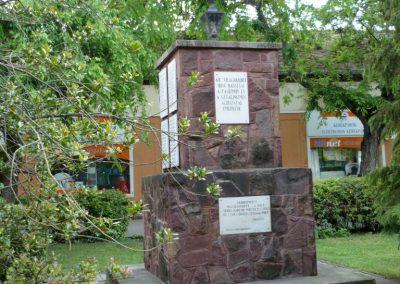 Izsák II.vh emlékmű 2010.05.14. küldő-Sümec (7)