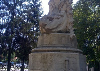 Izsófalva - 1950-ig Disznóshorvát - világháborús emlékmű 2012.06.21. küldő-Pataki Tamás (4)