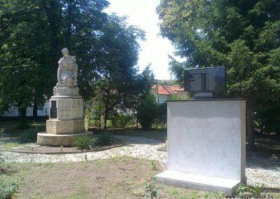 Izsófalva - 1950-ig Disznóshorvát - világháborús emlékmű 2012.06.21. küldő-Pataki Tamás